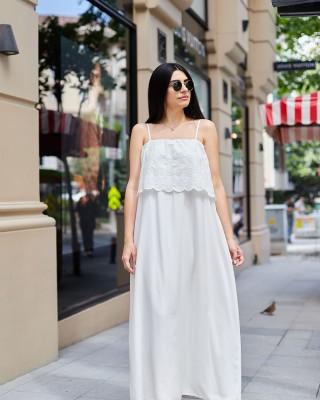 Beyaz Fisto Detaylı Askılı Uzun Elbise