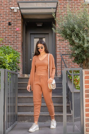 Brown Triple Knitwear Suit