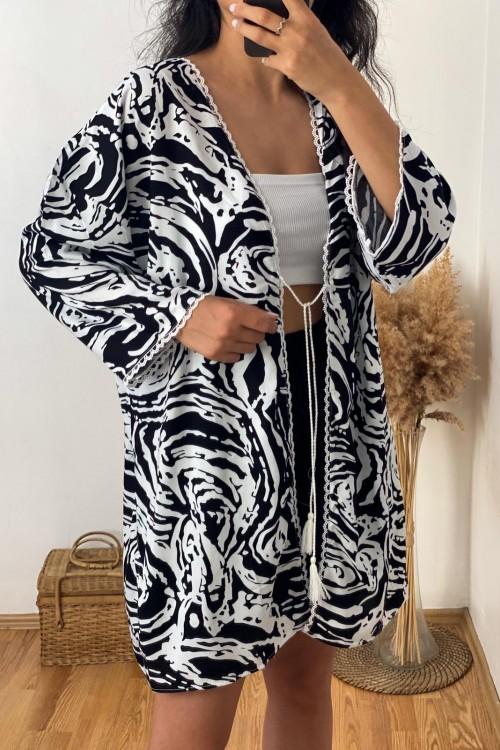Black and White Patterned Kimono